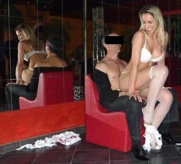 Angie-stripteaseuse-blonde-Dunkerque